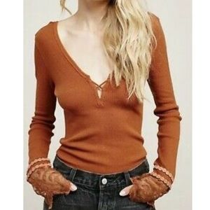FREE PEOPLE LAST DANCE LONG SLEEVE!! Size: xs